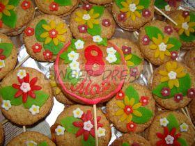 """Имбирные пряники с марципаном """"8 МАРТА"""" Сладкие подарки для женщин"""